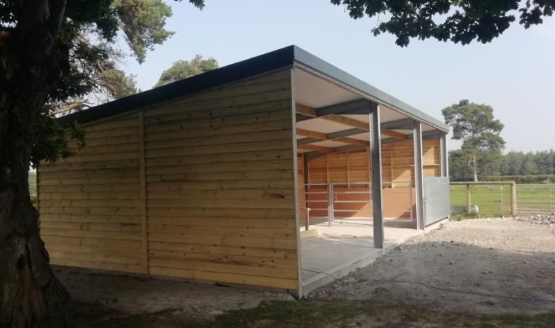 Powell & Co Field Shelter